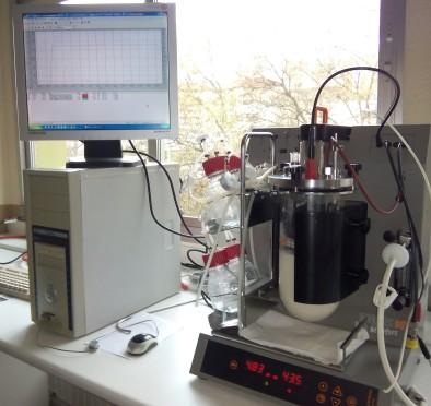 biorreactor-y-ordenador